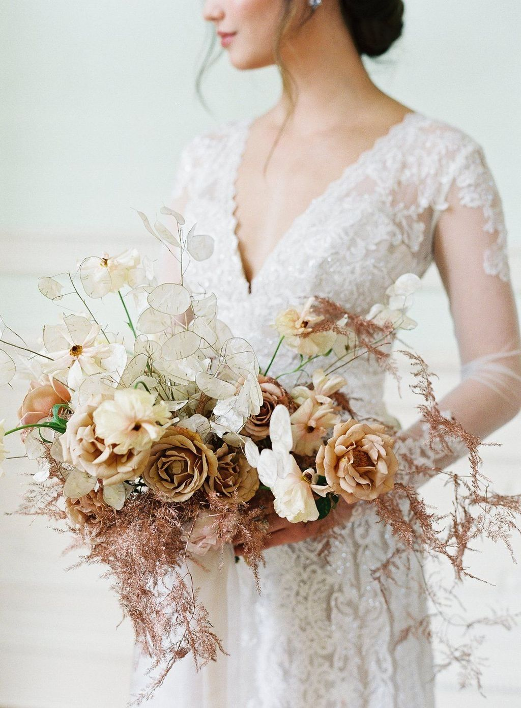 Pin By Color Fields Nc Wedding Flow On Wed After I Do Rustic Bridal Bouquets Vintage Wedding Flowers Vintage Bouquet Wedding