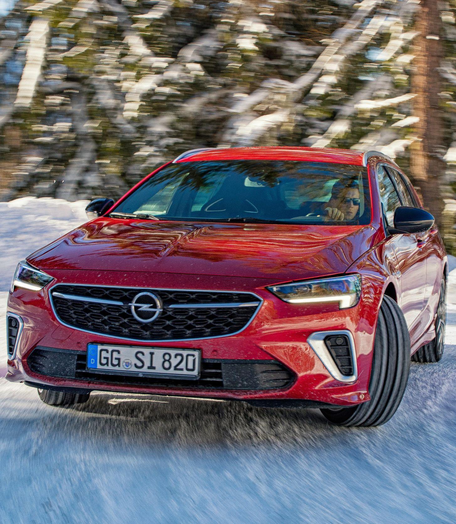 Opel Legt Gsi Fur Den Insignia 2020 Auf In 2020 Limousine Kombi Sport