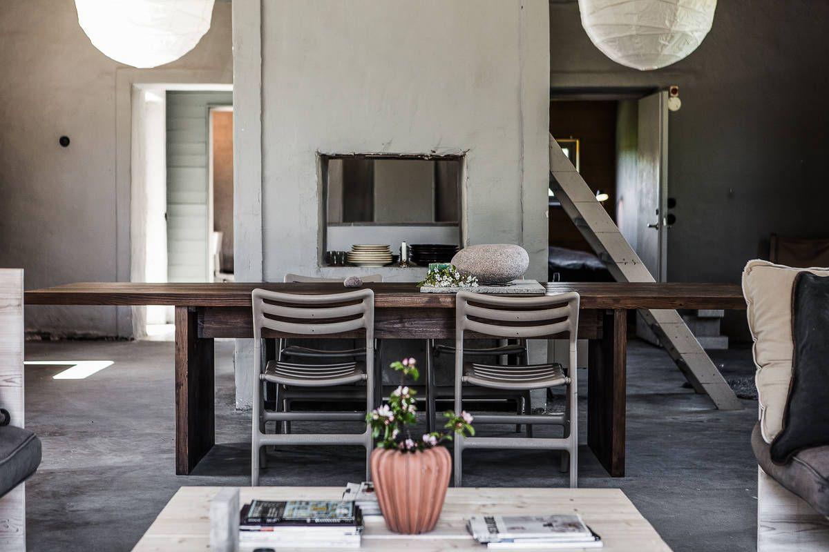 Binnenkijken Thuis Femke : Binnenkijken industrieel wonen in een oude schuur woon