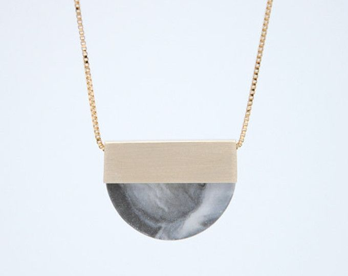 LAST ONE    FORMA n2    Porcelain Necklace design joias