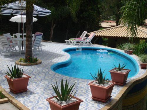 Projetos de piscinas residenciais gr tis projetos de for Modelos de casas con piscina