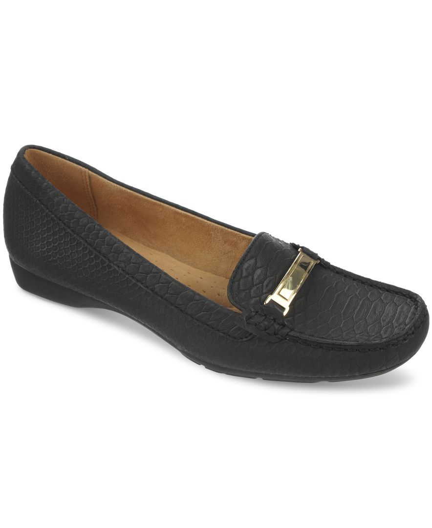 Womens Flats Naturalizer Womens Saban Leather Loafers Flats black Outlet Shop