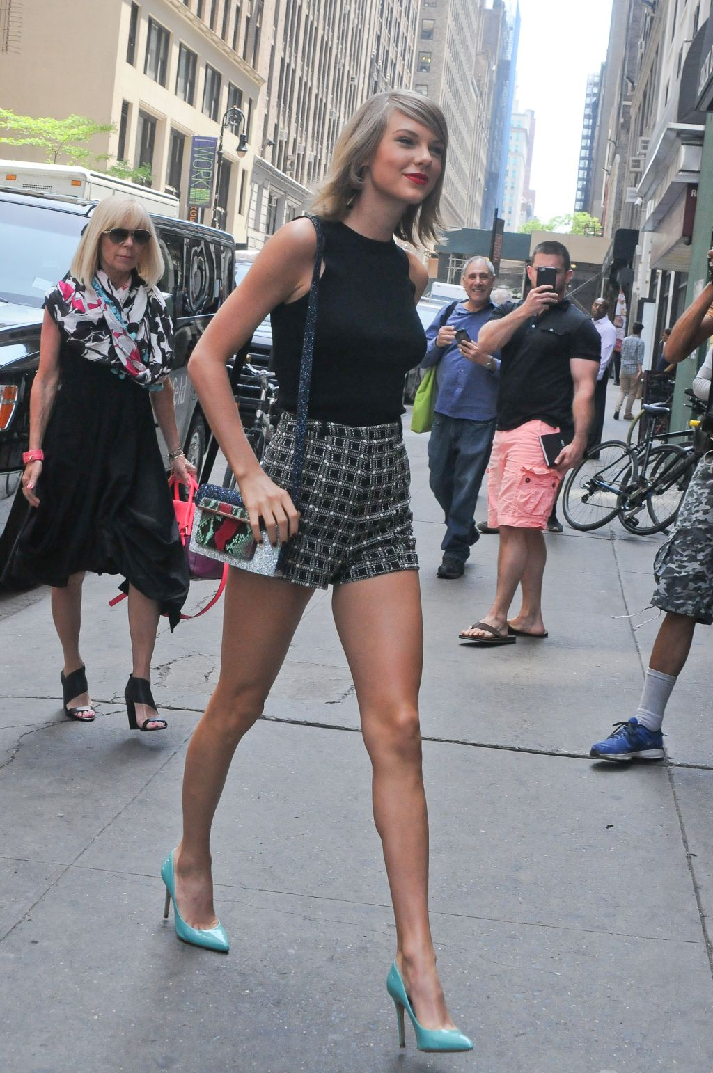 0a06fee5974b2 Taylor Swift   Tall women in 2019   Taylor swift, Taylor swift 13 ...