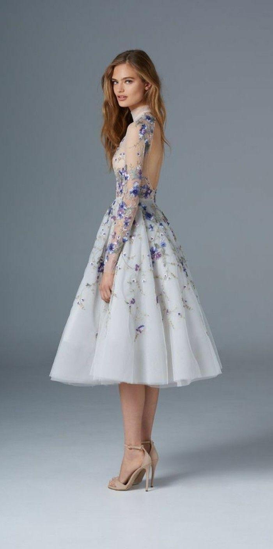 damenkleider in weiß und blau sehr effektvoll  Prom dresses long