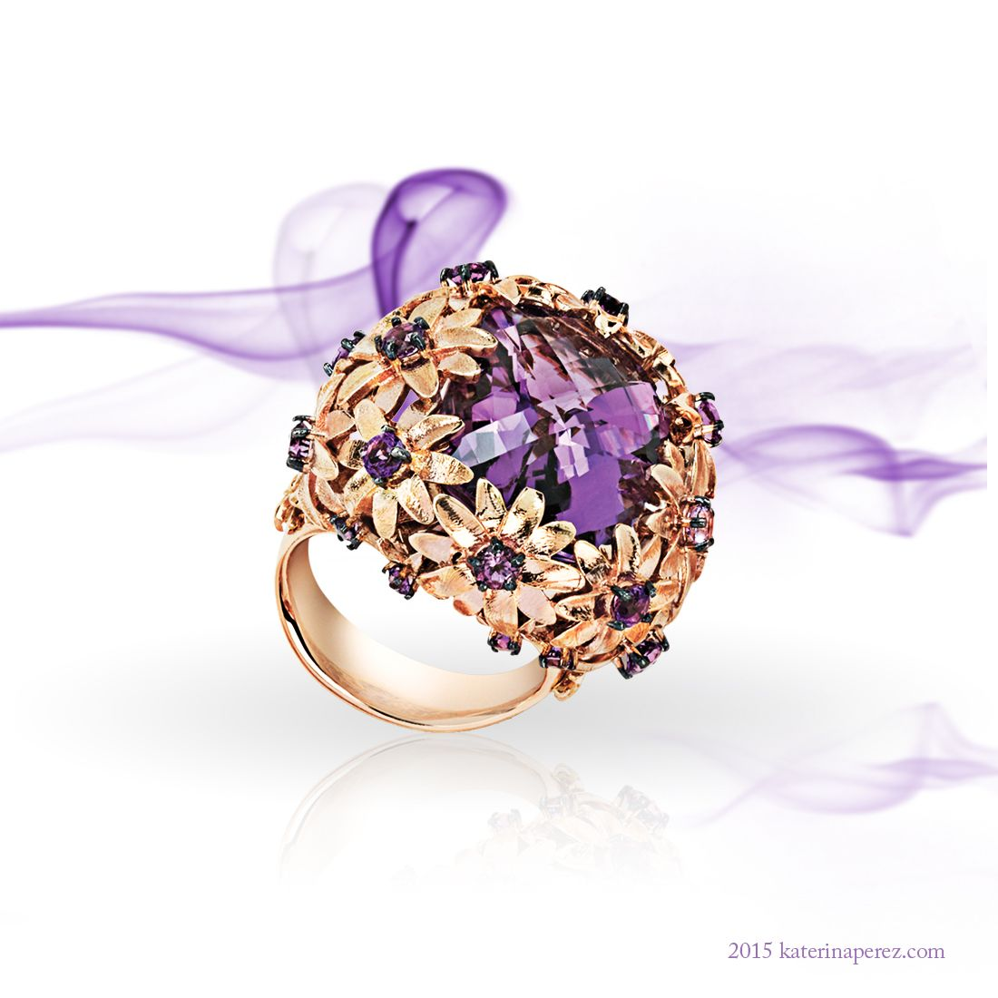 Roberto Coin rose gold ring with an amethyst from the Haute Couture collection