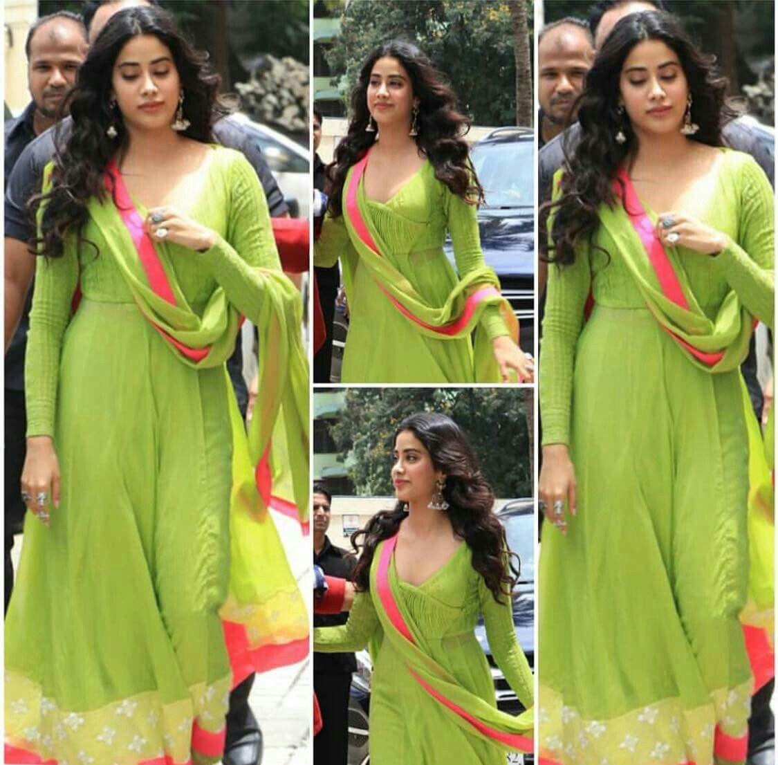 e8c63966ba Stunning Jhanvi kapoor at her movie Dhadak trailer launch | It's ...