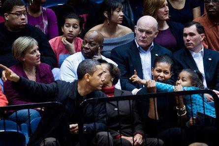The Obama Family S Sweetest Moments Michelle Obama Malia Sasha Obama