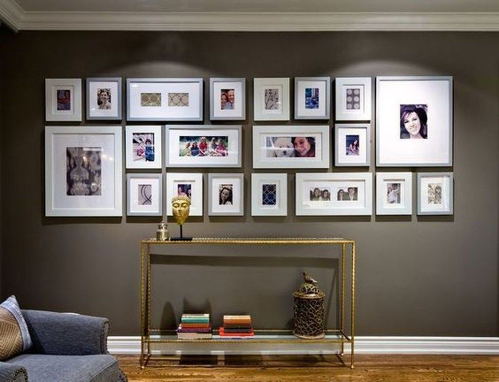 25 Creative Ways To Fill Your Plain Walls By Showing Off Your Mini Photo Collections Godiygo Com Gallery Wall Decor Wall Decor Living Room Wall Coverings