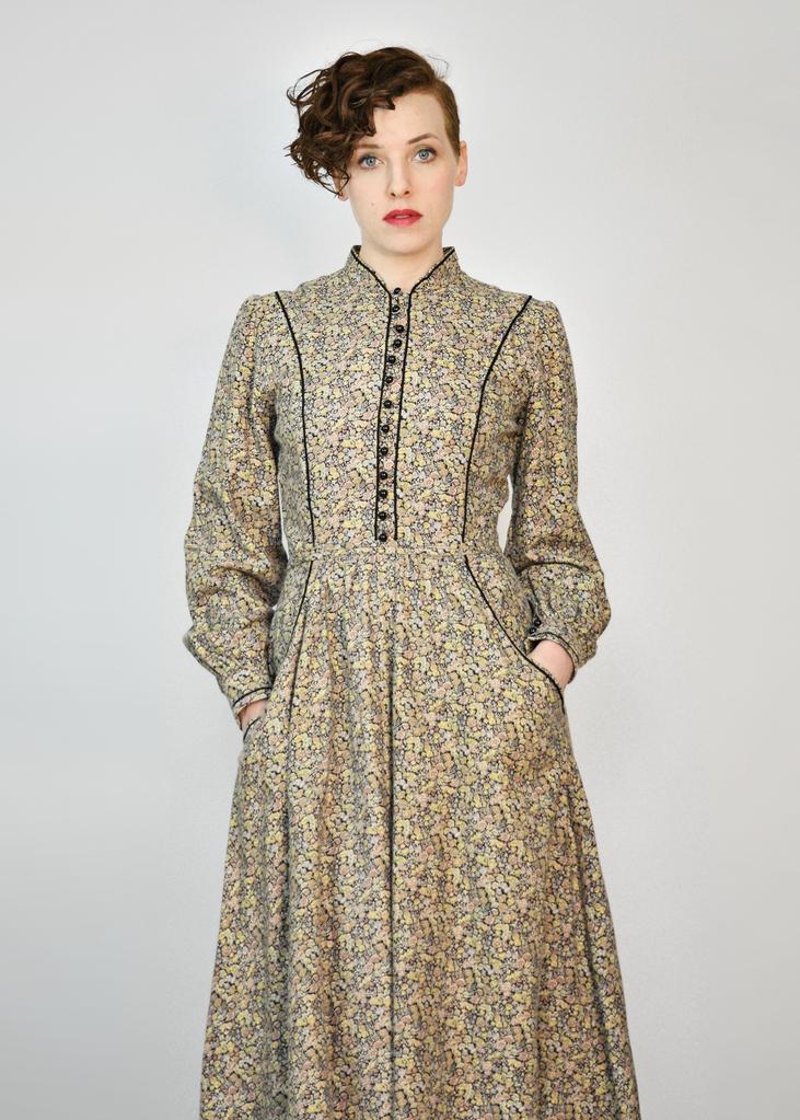 f250ed5a955 Vintage 70s Prairie Dress