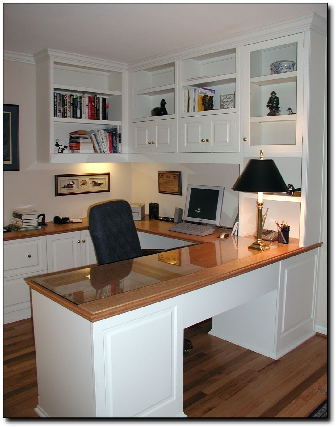 home office in small desk built