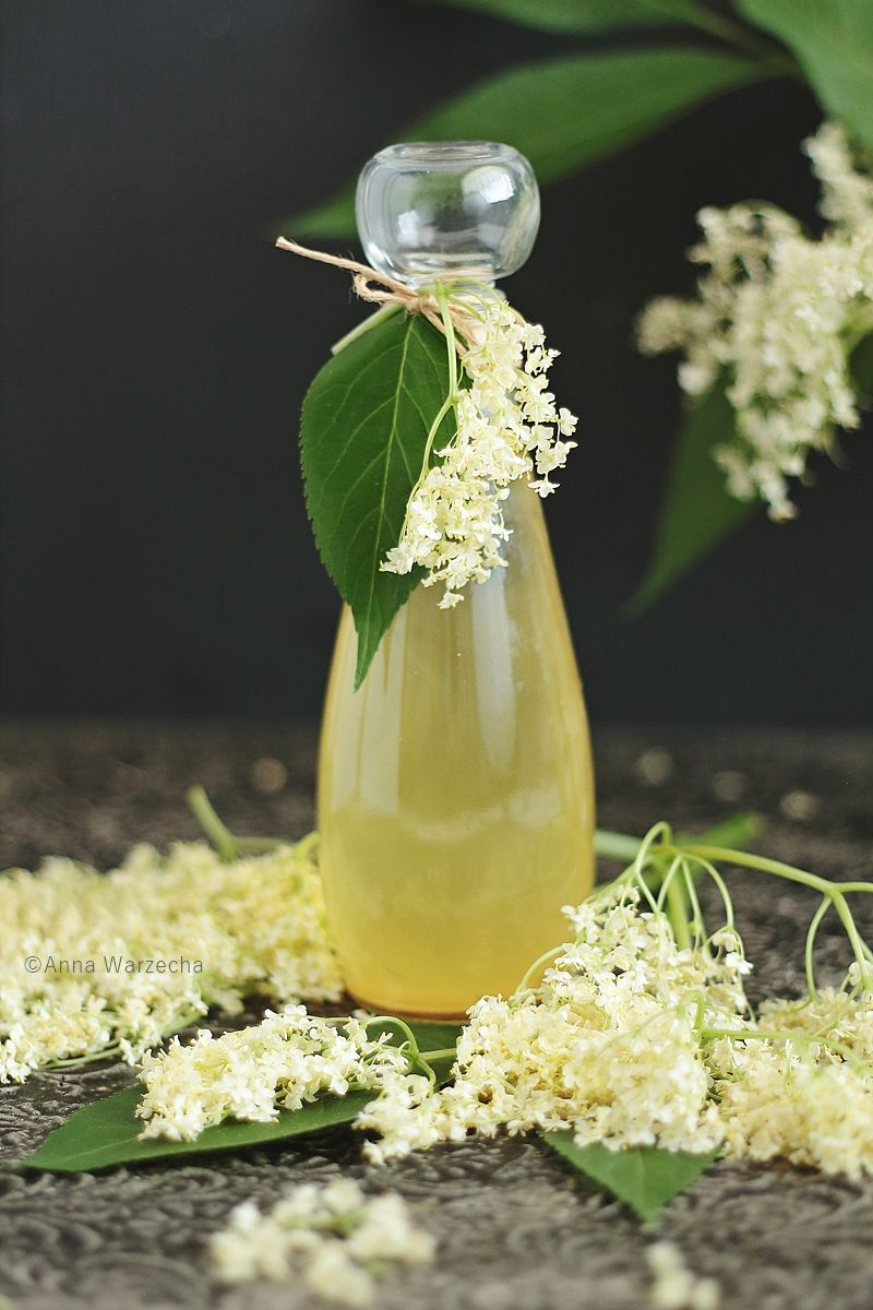 Syrop Z Kwiatow Czarnego Bzu Herbal Remedies Herbalism Christmas Food Gifts