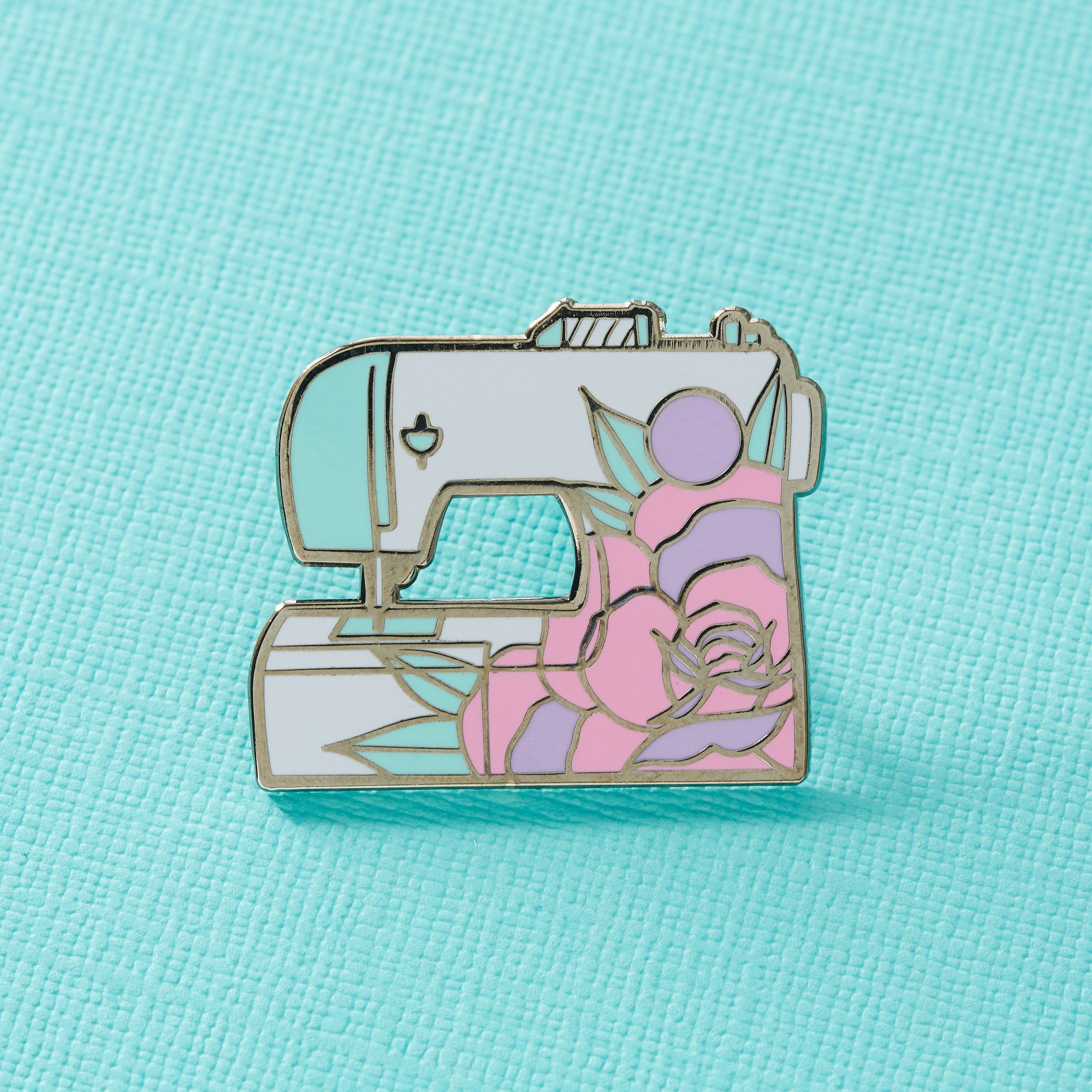 Floral Sewing Machine Enamel Pin | pins & patches | Cute pins