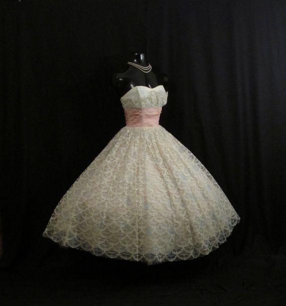 Vintage 1950's 50s STRAPLESS Bombshell Ivory Pink Por
