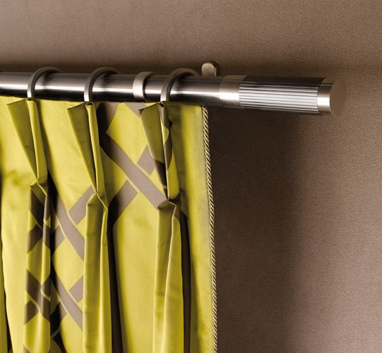 Precise narrow pinch pleats (fix the pattern, please)
