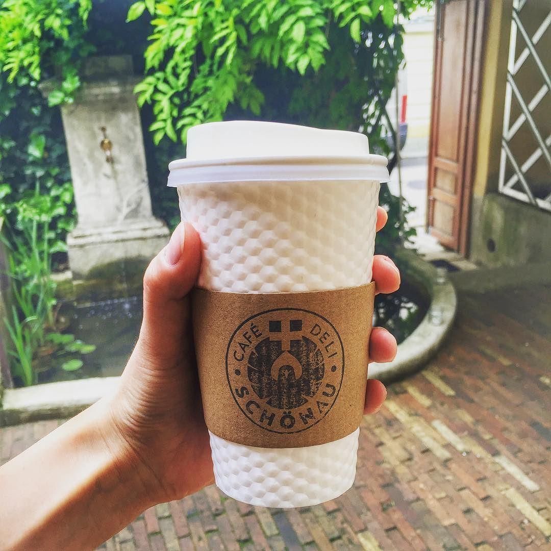 Když jste v časovém espressu.. #cafeschoenau #takeawaycoffee #sudetto by cafe.schoenau