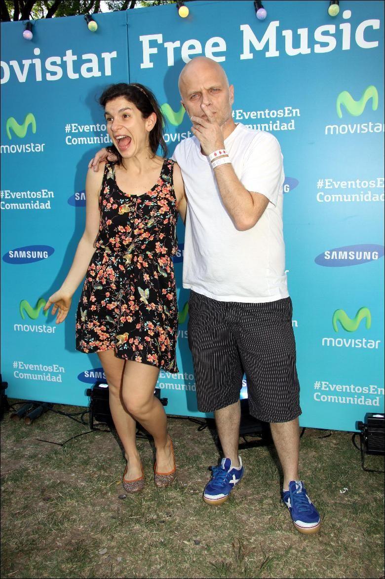 Delia Gutmann y Seba Wainraich divertidísimos en el #MovistarFreeMusic Festival.