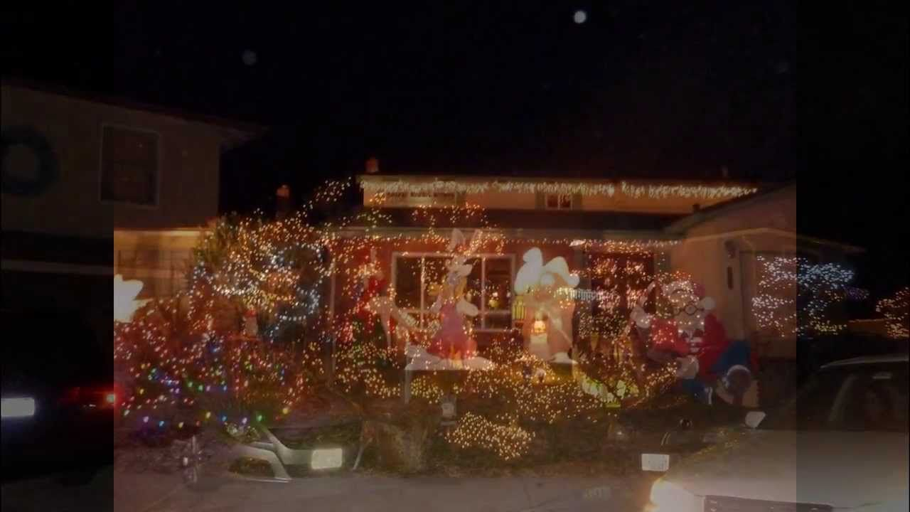 Christmas Lights On Cripps Place In Fremont Ca Do You Hunt For Neigh Christmas Lights Lights Love Your Home