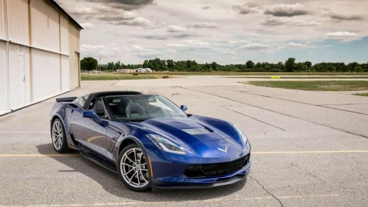 2017 Chevrolet Corvette Grand Sport ENTERTAINMENT ON THE