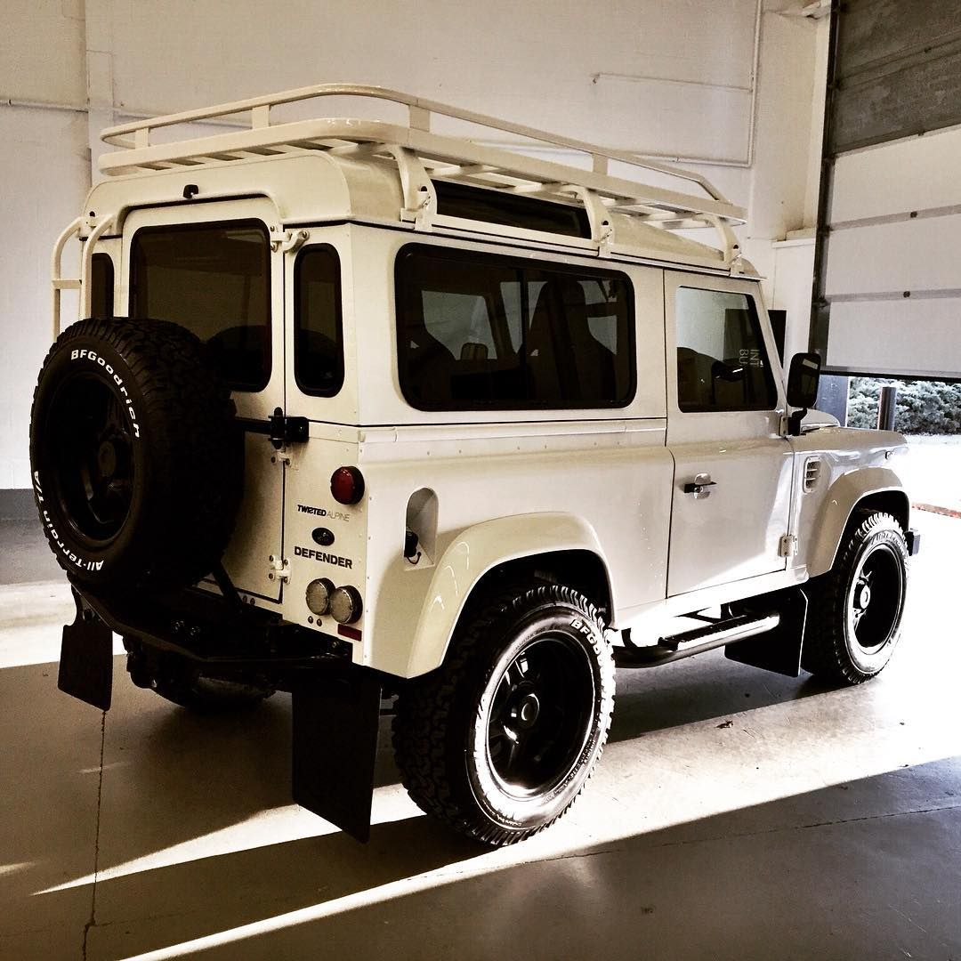 Land Rover Defender In White.