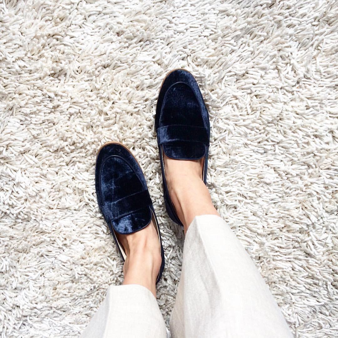 e16e2d326ad Blue velvet loafers from Zara