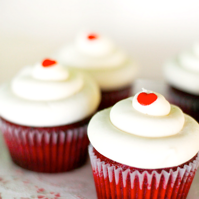 how to frost red velvet cupcakes