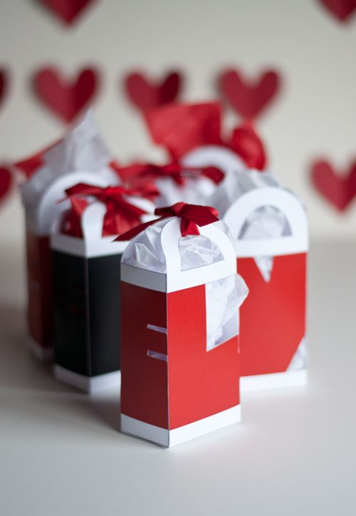 love valentine gift bags each side of the bag is a different - Valentine Goodie Bag Ideas