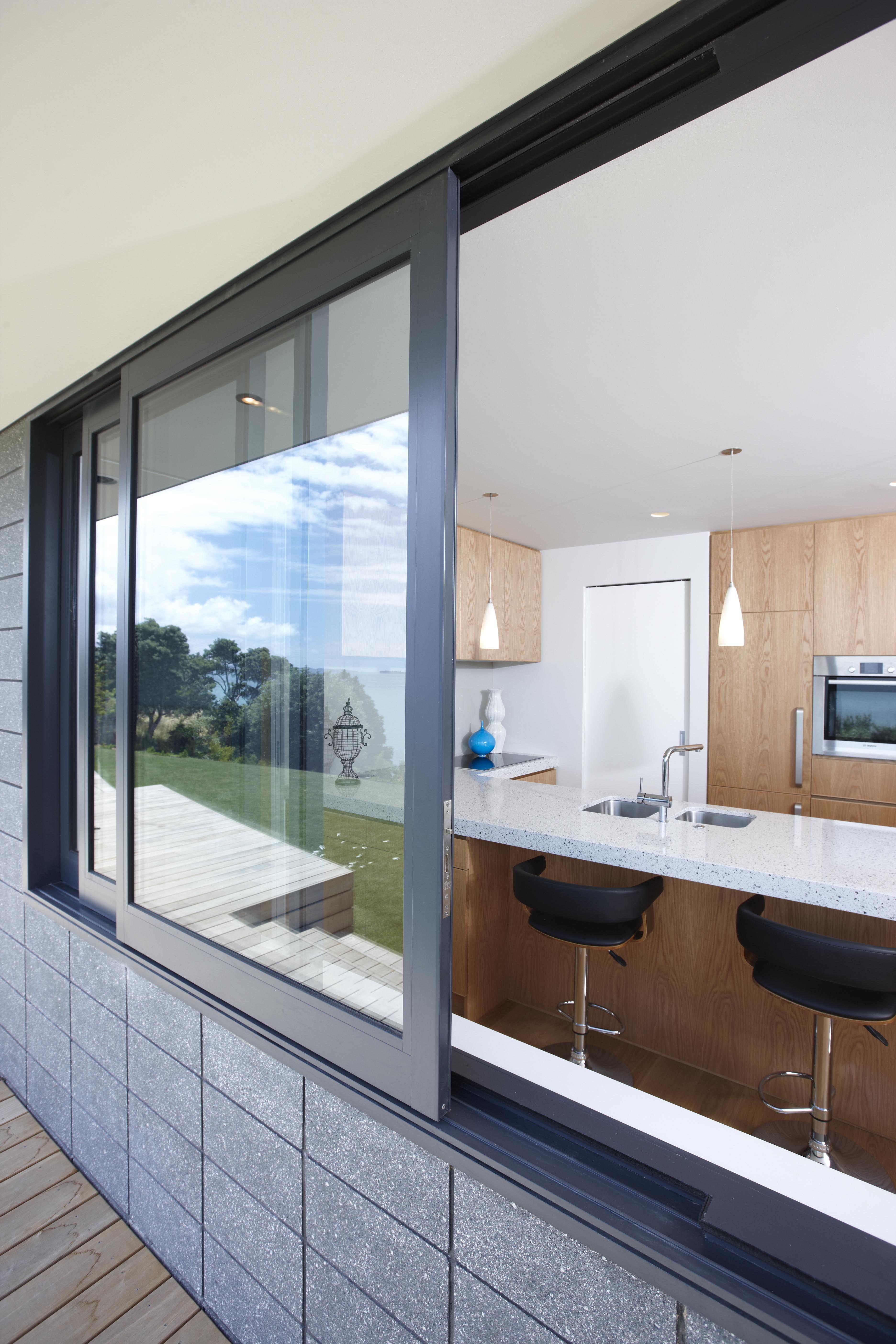 Pin By Zahlee On Brumbies Kitchen Inspo In 2020 Sliding Windows Kitchen Modern Windows Aluminium Windows