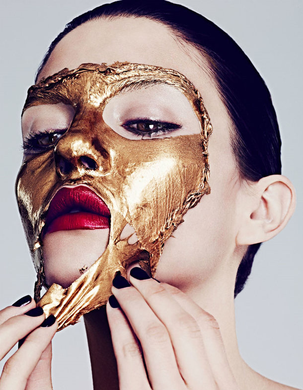 Photo of beauty-editorial-face-mask-gold-Favim.com-2584802