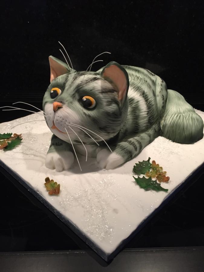 MOG (Judith Kerr) cake inspired by Sainsburys advert by Sarah Leftley (Sarah's cakes)