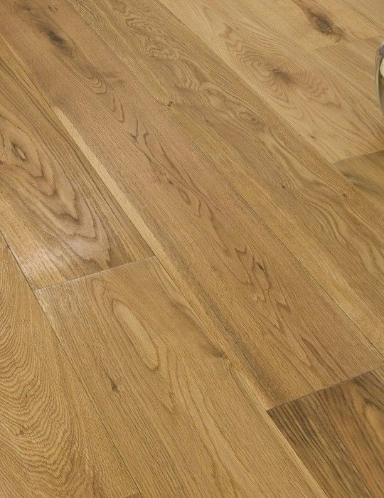 This Wide And Long Plank Oak Floor Offers A Hard Wearing Beautiful