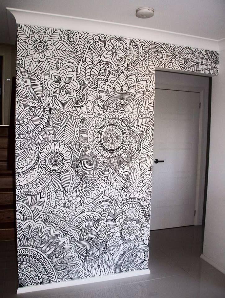 Mit Einer Kreativer Wandbemalung Zu Einem