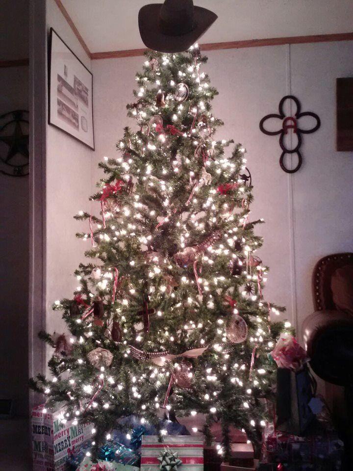 Nice Cowboy Christmas Tree
