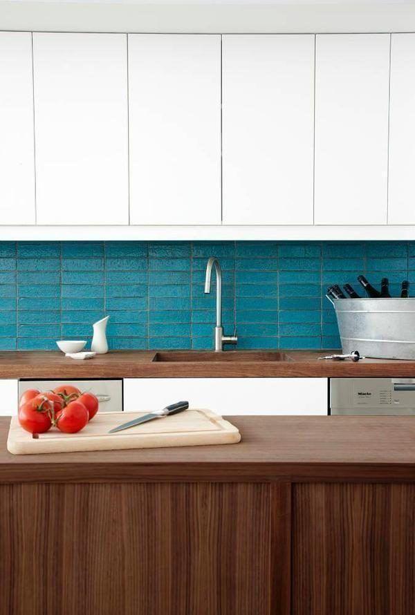 Inside The 2 4m Digs Design Guru Juul Hansen Just Flipped Trendy Kitchen Backsplash Trendy Kitchen Tile Kitchen Tiles Backsplash