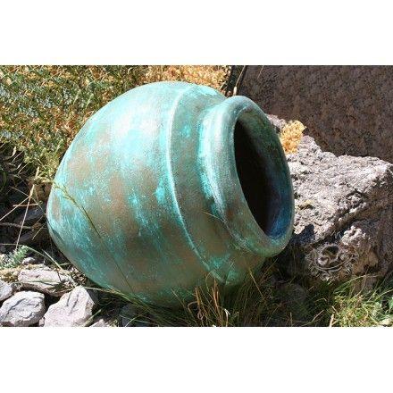 amphore poterie terre cuite pour embellir votre jardin ambiance jardin pinterest garden et. Black Bedroom Furniture Sets. Home Design Ideas
