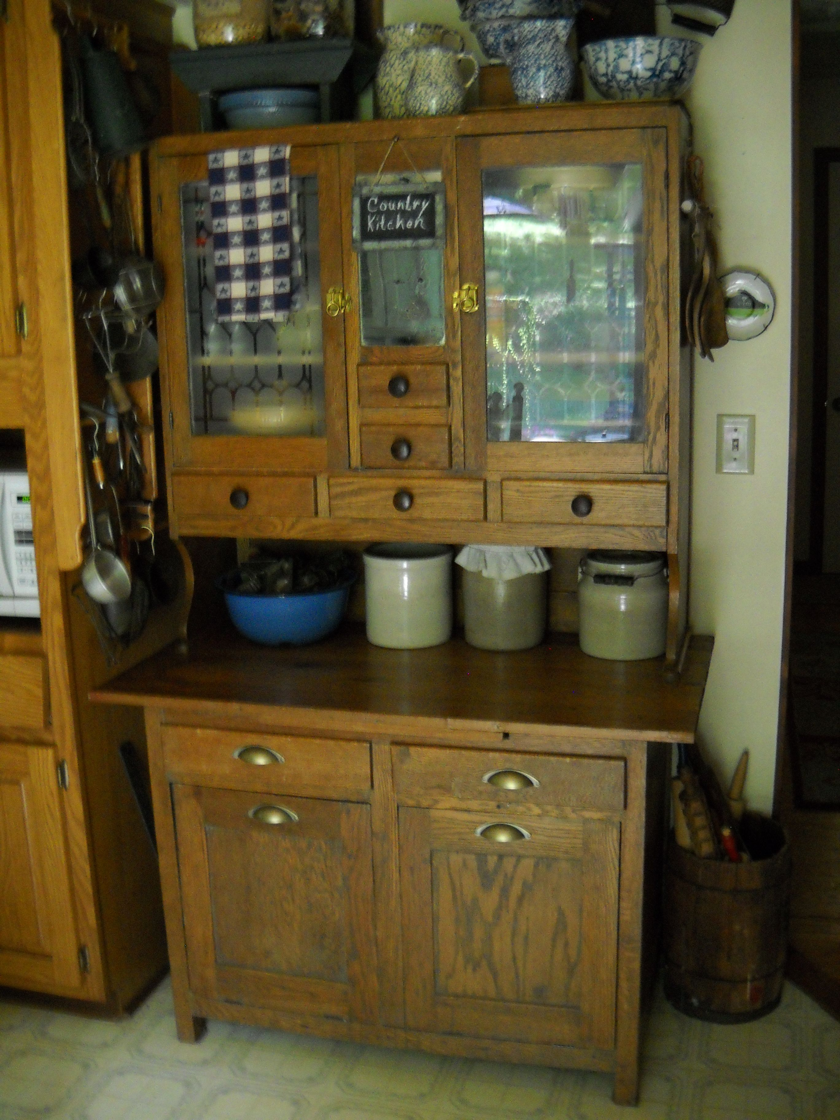 Early 1900s oak step back with pullout flour and