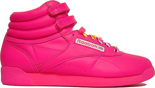 reebok pink shoes