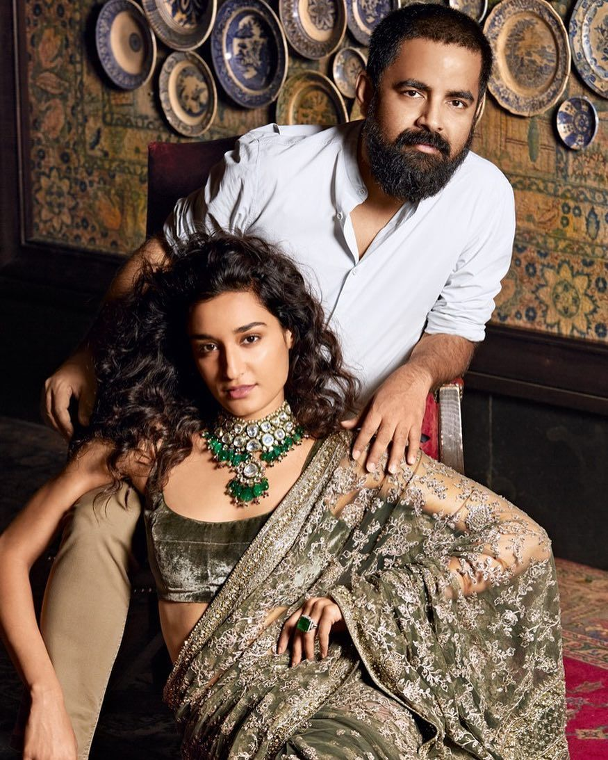To Say That Sabyasachi Mukherjee Sabyasachiofficial Is One Of The Hardest Designers In The Country To Pin Fashion Designers Famous Sabyasachi Famous Fashion