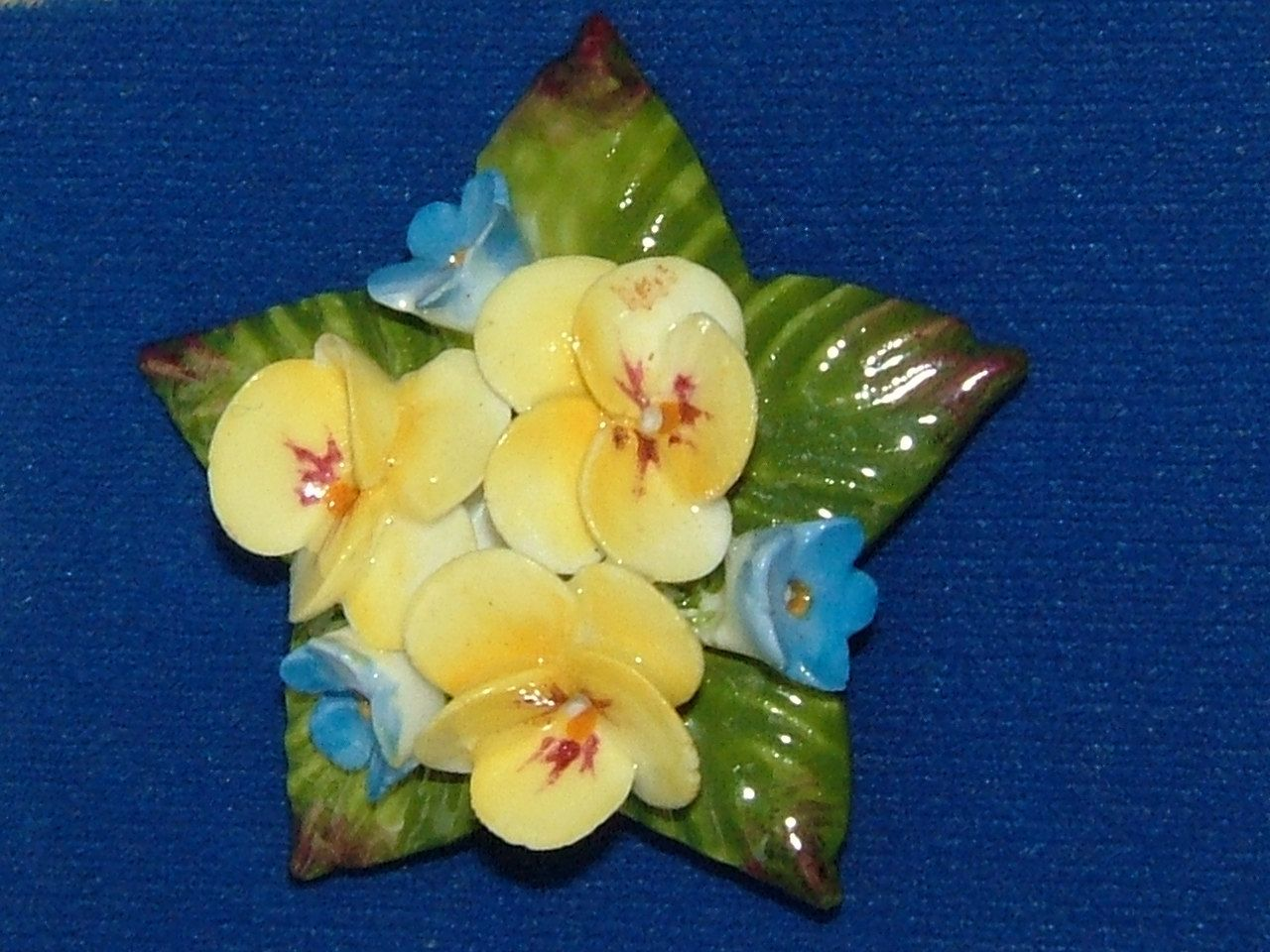 Provided Vintage Brooch Porcelain China Flower From 1930 Pins & Brooches