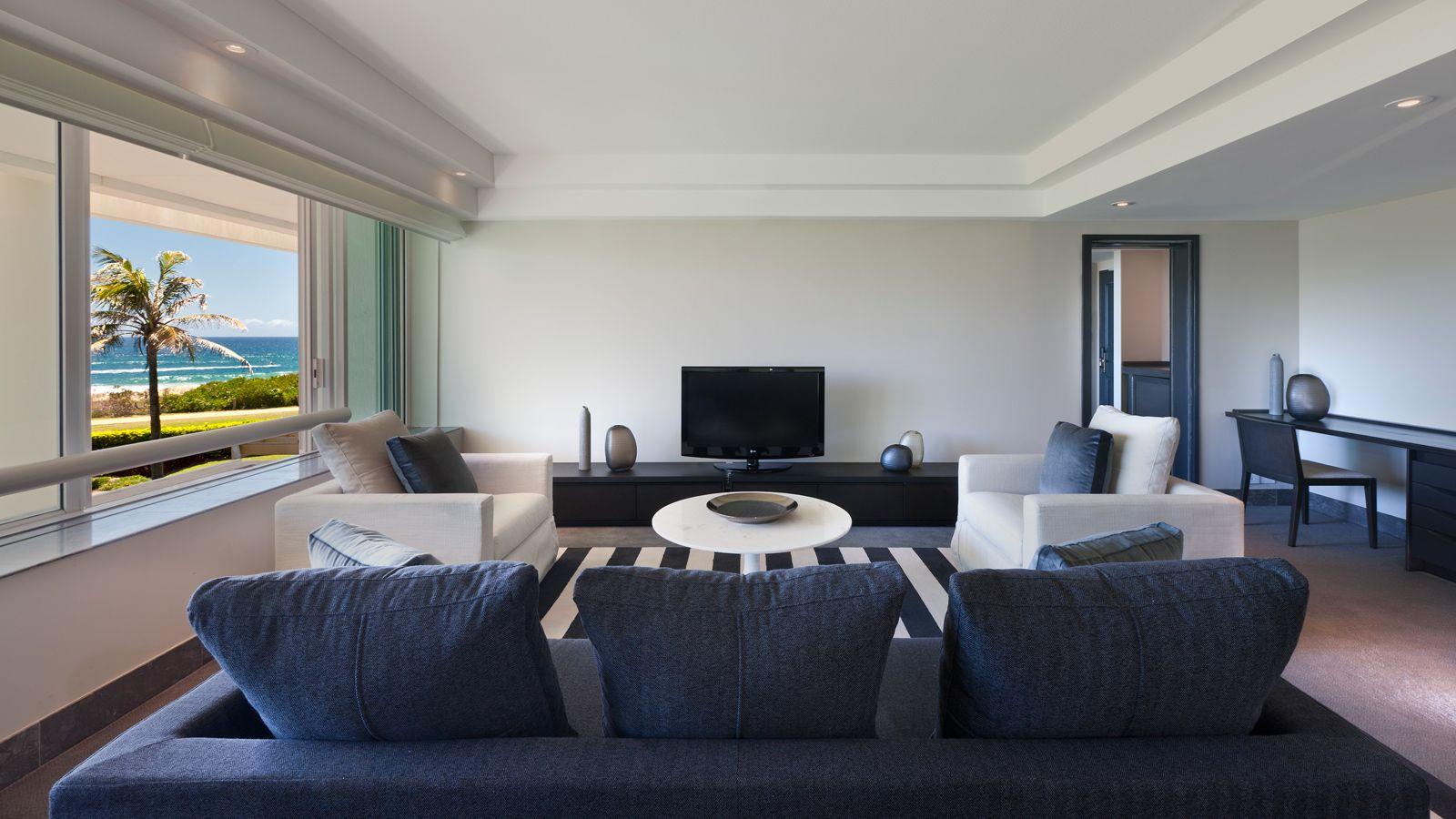 Sheraton Mirage Resort living room Resort living