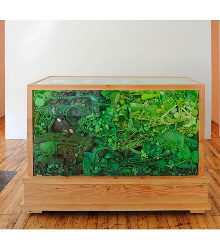 Green Piece: Sarcophagus 2009