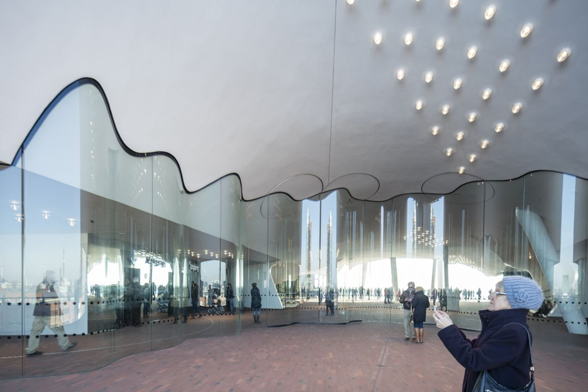 Gallery Of See How Herzog De Meuron S Elbphilharmonie Hamburg Sits In Its Context 21 Elbphilharmonie Hamburg Herzog Commercial Architecture