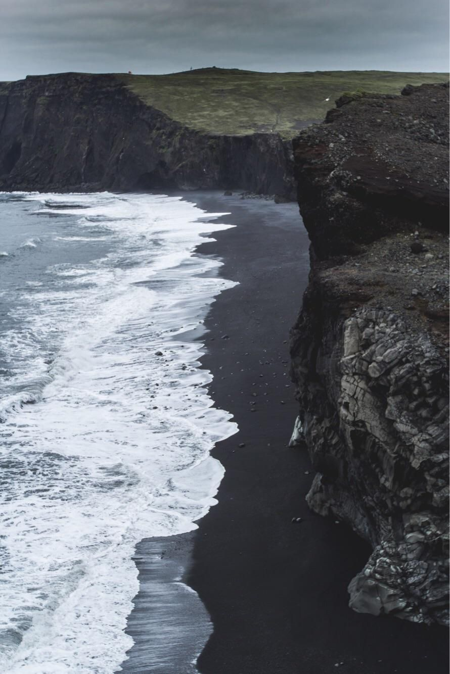 Black Sand Beach in Vìk, Iceland.   - #funny #lol #viralvids #funnypics #EarthPorn more at: http://www.smellifish.com