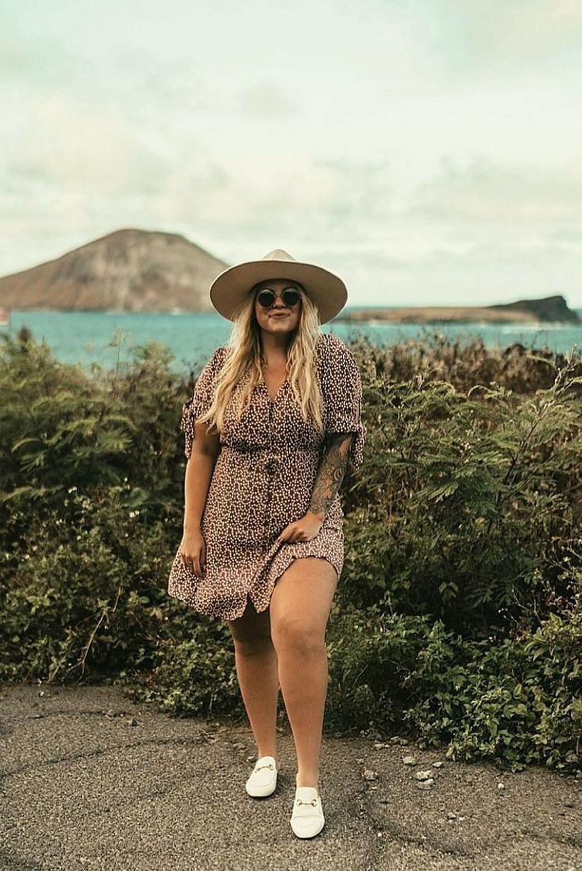 40+ Elegant Summer Beach Outfits Ideas That Looks Elegant #beachoutfits