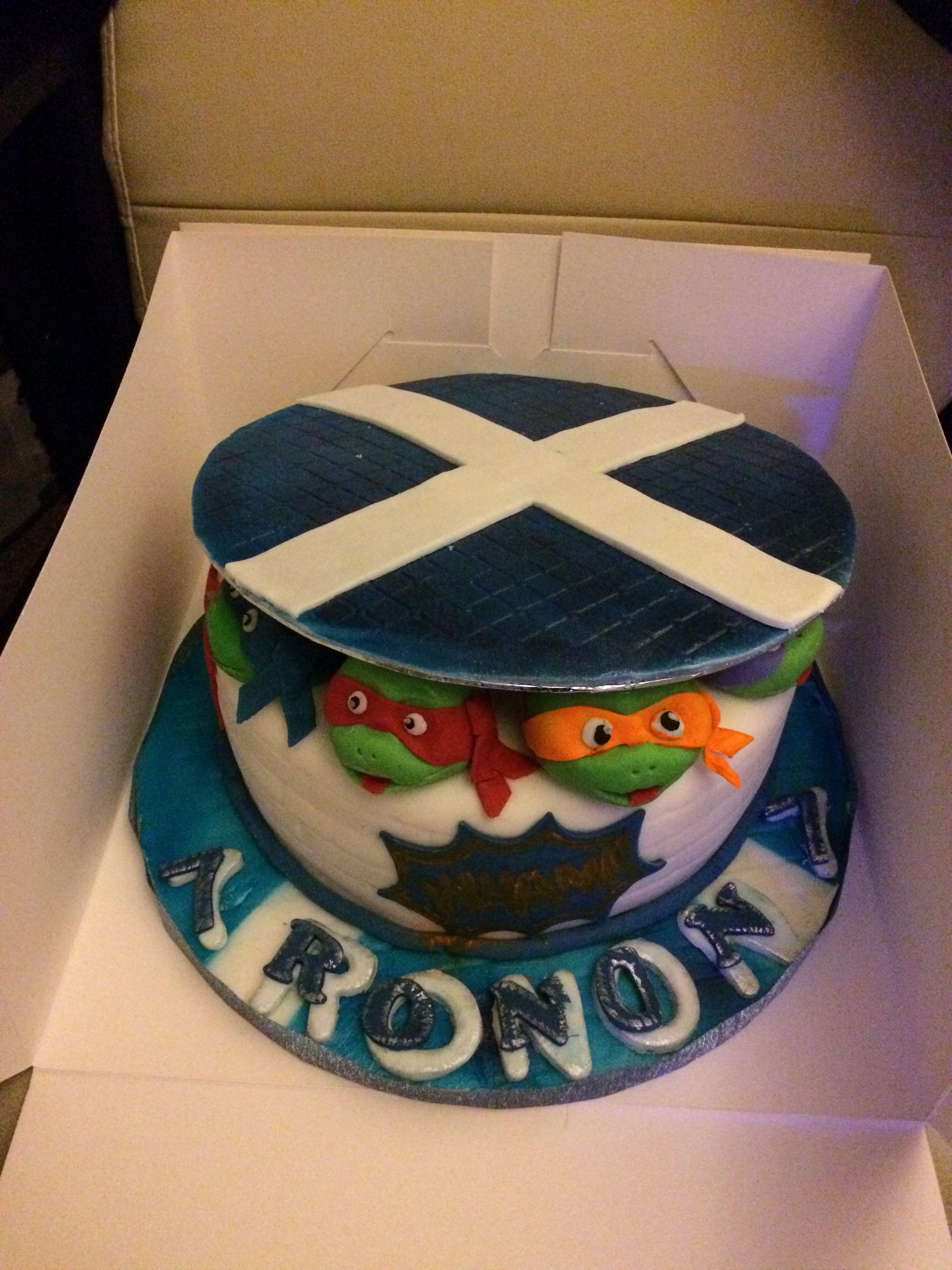 Teenage mutant ninja turtles and scotland cake