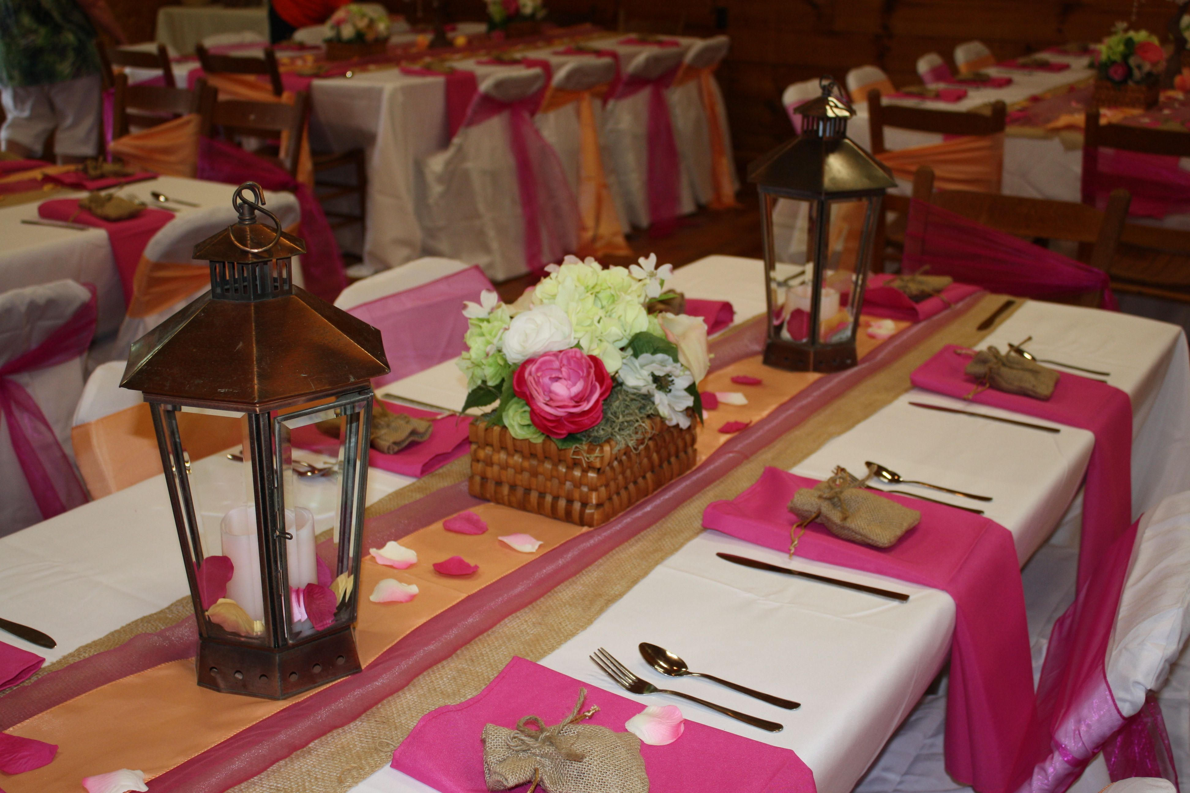 Country Chic Wedding Reception Color Scheme Burlap Peach And Hot