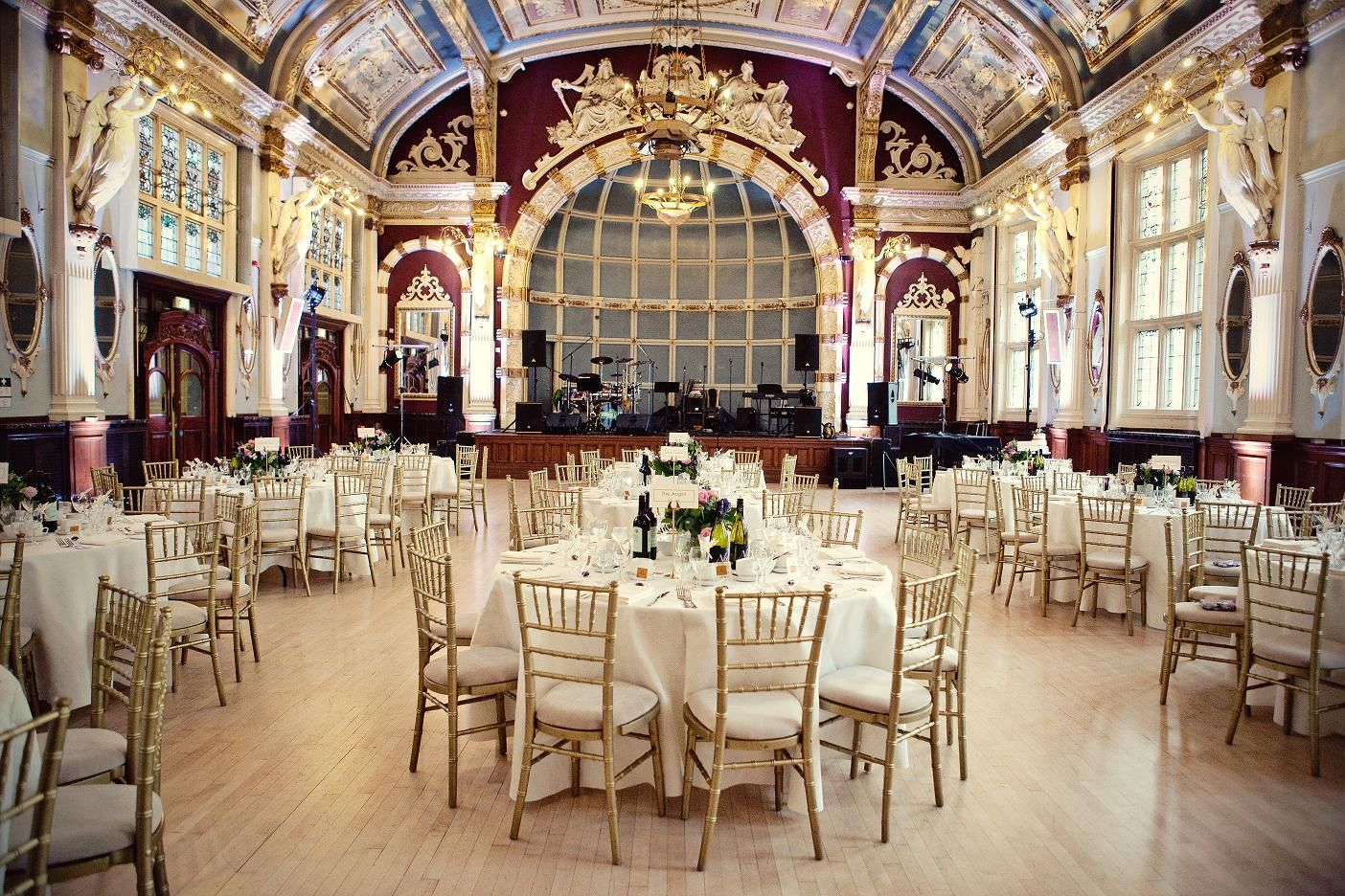 The Old Finsbury Town Hall A Stunning Grade Ii Listed Building In Heart Wedding Hallswedding Venues