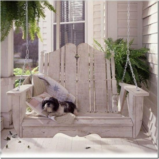 holz paletten schaukel veranda hund garten und terrasse. Black Bedroom Furniture Sets. Home Design Ideas