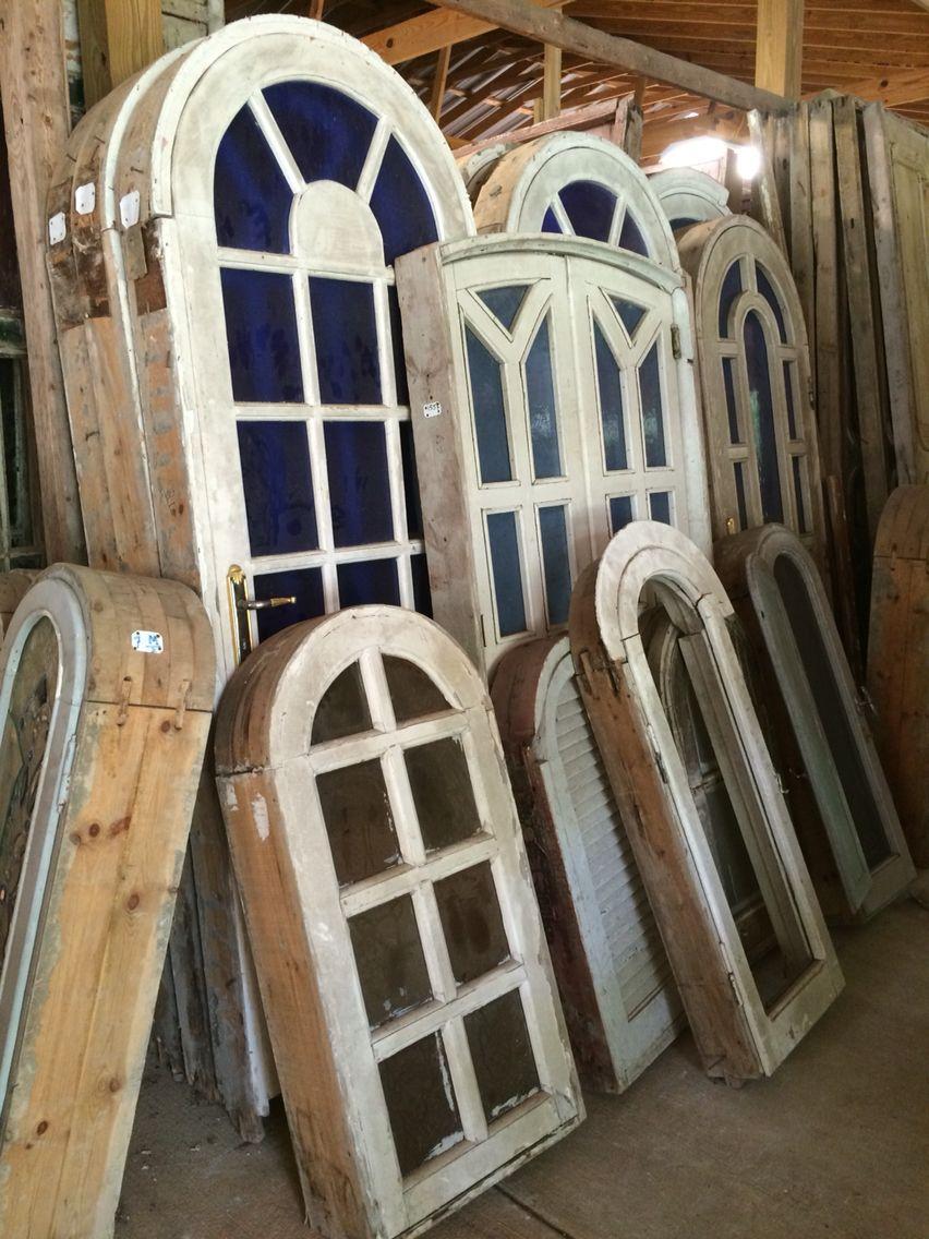 Antique Arched Windows With Old Blue Glass Haus Und Garten