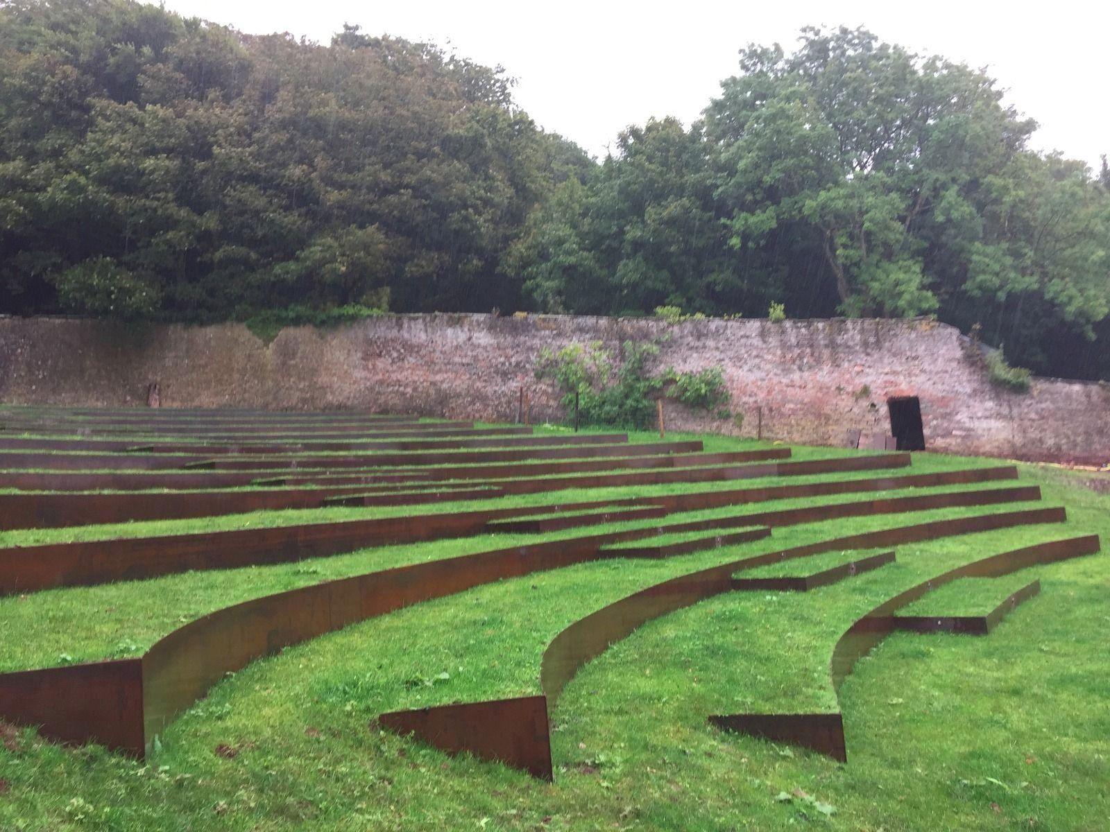 Amphitheater Made From Corten Steel Modern Design 1000 Corten Steel Corten Lawn Edging