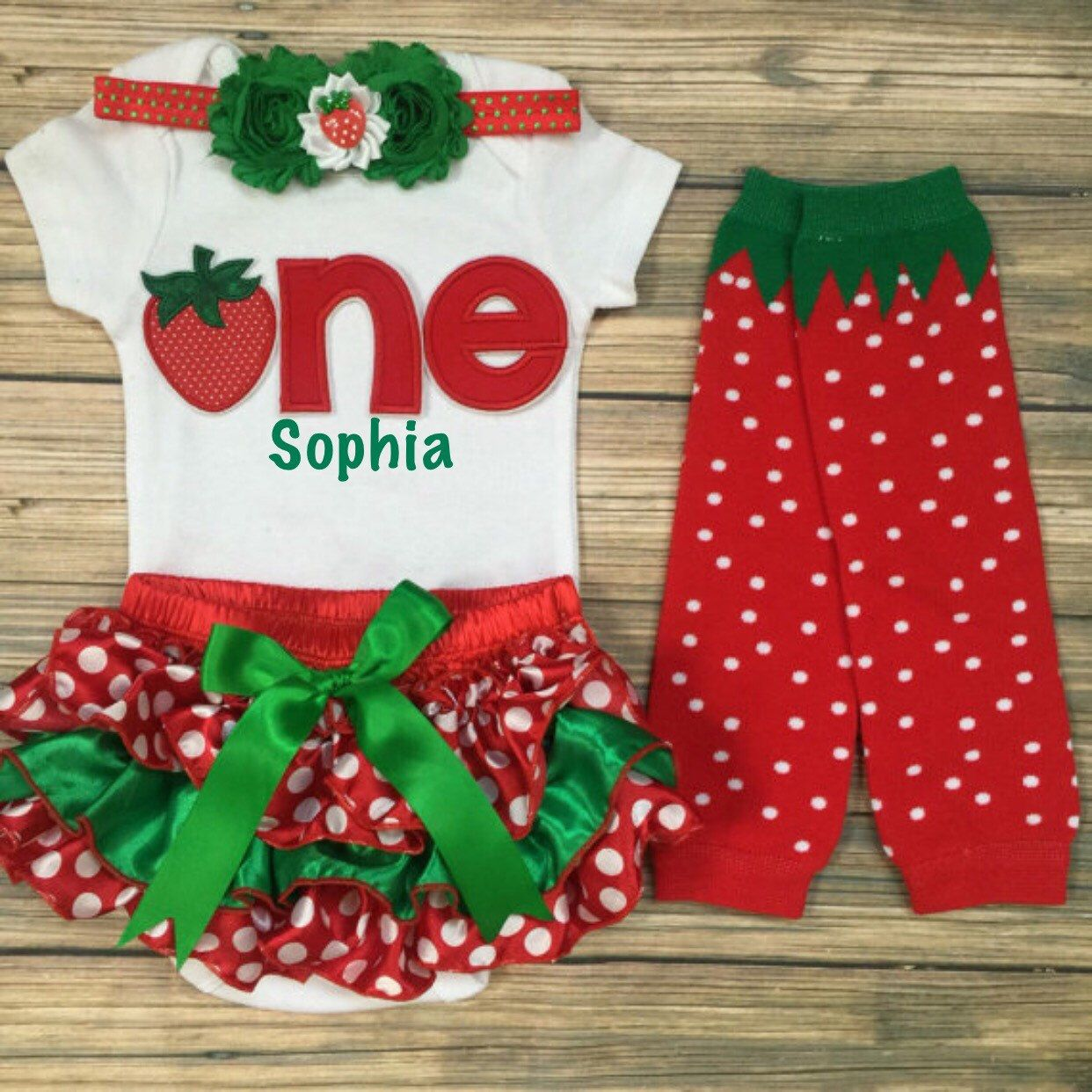 Strawberry Birthday/Red Green Bloomer/Birthday Bloomer set/First Birthday outfit/Strawberry LegWarmer/ONE birthday/CakeSmash/PhotoProp by BabyTrendzz on Etsy https://www.etsy.com/listing/240530058/strawberry-birthdayred-green